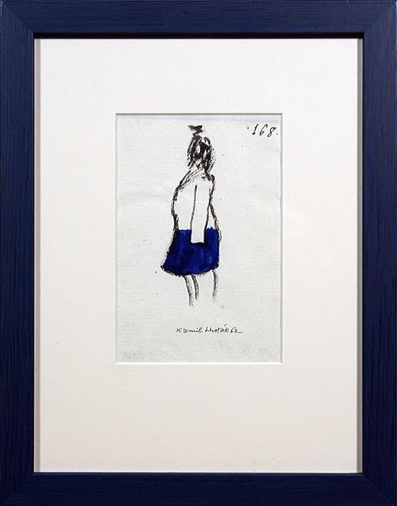 Dívka v modré sukni