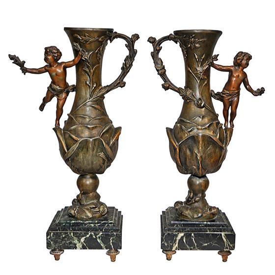 Dekorativní vázy s andílky