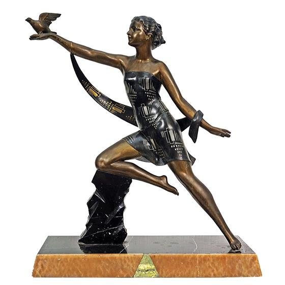 Velká socha - Art - deco